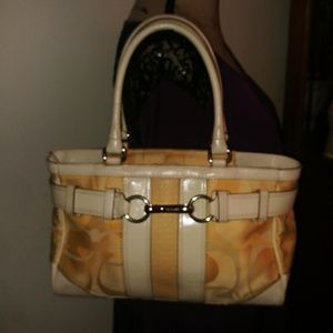 COACH YELLOW SIGNATURE SATCHEL HOBO HANDBAG